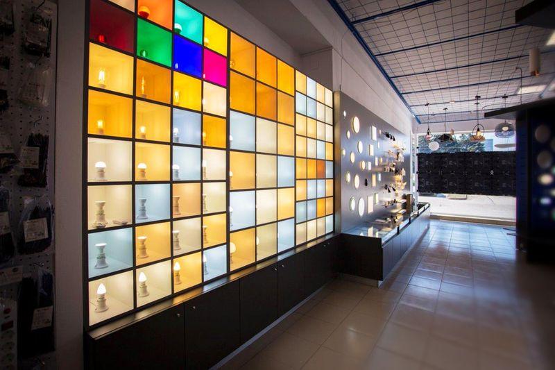 Неон 10 откри нов магазин в Стара Загора