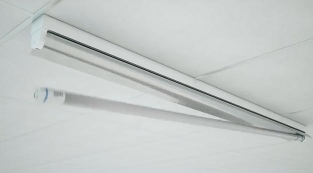 Philips InstantFit LED тръби - лампи за постоянно спестяване