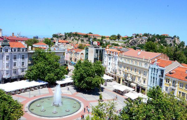 Община Пловдив избира фирма за изграждане и ремонт на улично осветление