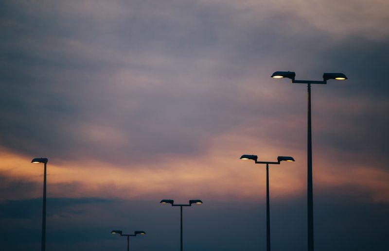Община Пловдив обяви търг за доставка на консумативи за улично осветление