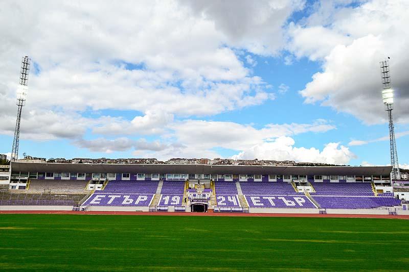 Хит изпълни проект за енергийно ефективно <strong>осветление</strong> на стадион