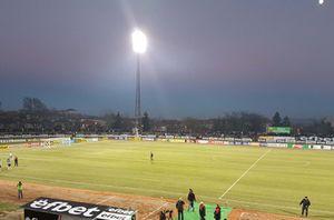 <strong>Ковас</strong> обнови осветлението на стадион Локомотив в Горна Оряховица