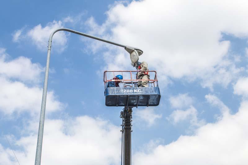 Община Троян търси изпълнител за изграждане и реконструкция на улично осветление