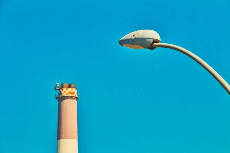 Топлофикация София избира доставчик на сигнално <strong>осветление</strong> за комин