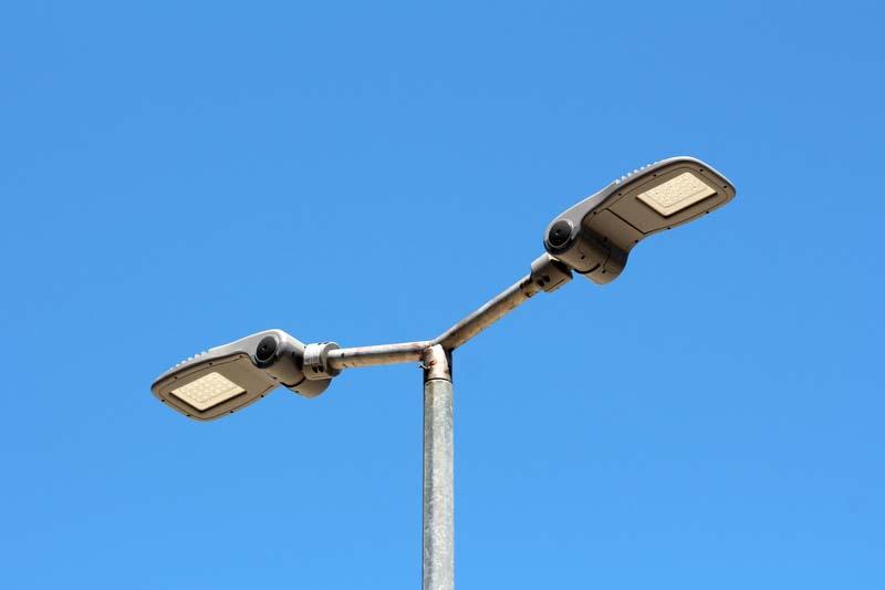 Община Панагюрище търси изпълнител за ремонт и поддръжка на уличното осветление