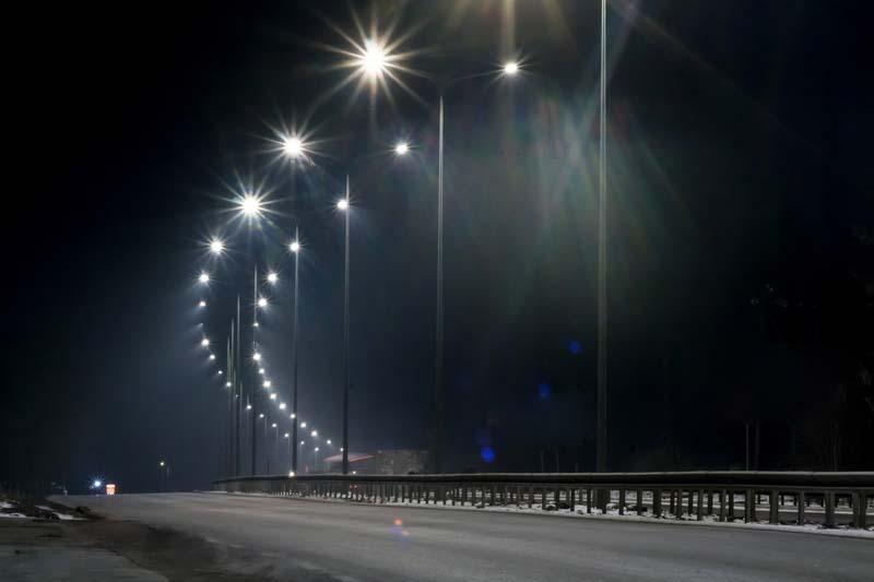 Столична община обновява <strong>осветление</strong>то по основни пътни артерии