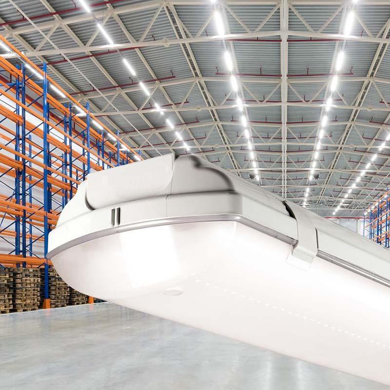 Ново линейно <strong>LED</strong> промишлено осветително тяло BS100 <strong>LED</strong> HO
