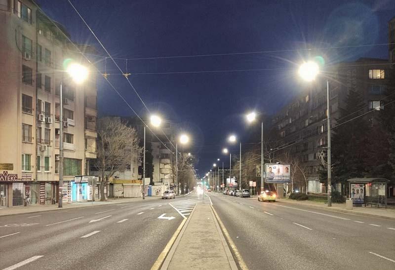 Община Бургас продължава работа по проекта за модернизация на осветлението в града