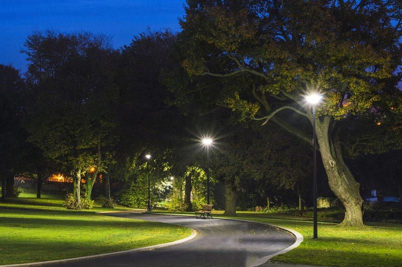 Община Асеновград обяви търг за поддръжка и ремонт на улично и парково осветление