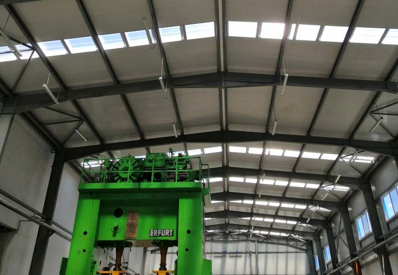 <strong>Логолайт</strong> <strong>Инженеринг</strong> внедри система за управление на осветлението OPTICOM на Beghelli в завода на АК Електрик