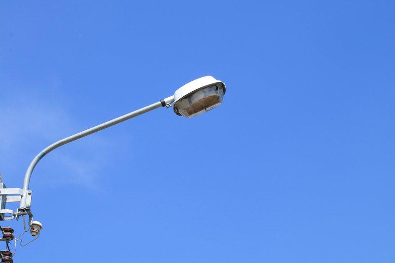 Община Девня откри търг за модернизация на уличното осветление