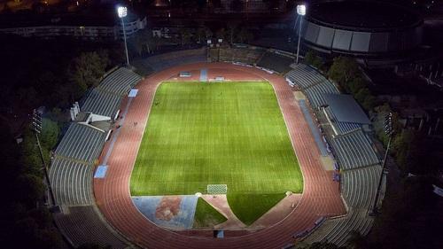 <strong>Ковас</strong> обнови част от осветлението на Градския стадион в Русе